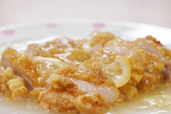 田川市 利源 中華料理 レモン鶏肉