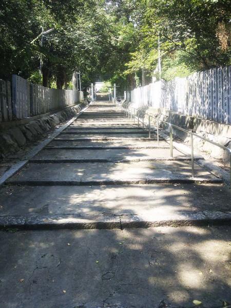 香春神社の坂