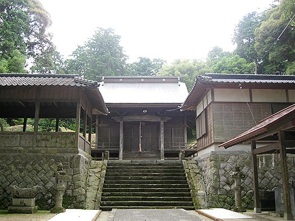 岩亀八幡神社 境内