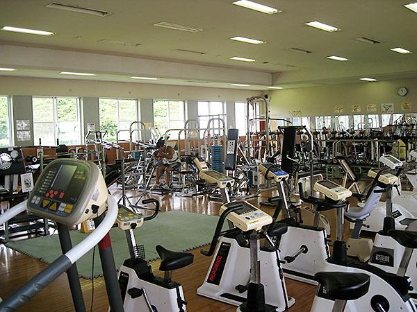 田川市トレーニングセンター 館内