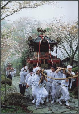 上るみこし英彦山祭り)-600