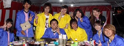 田川市にある福岡県立大学の学生も担ぎ手やリヤカー部隊